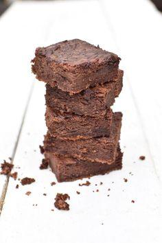 Máme to rádi zdravě — Břicháč Tom Desserts, Food, Tailgate Desserts, Deserts, Essen, Postres, Meals, Dessert, Yemek
