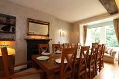 Derwent House - self catering accommodation in Derbyshire - sleeps up to 12