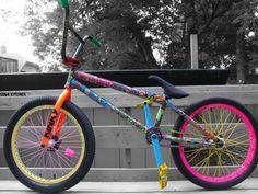 best bmx bike for park Paint Bike, Bicycle Painting, Cool Bicycles, Cool Bikes, Eastern Bmx, Dh Velo, Bmx Bike Brands, Rainbow Bike, Haro Bmx