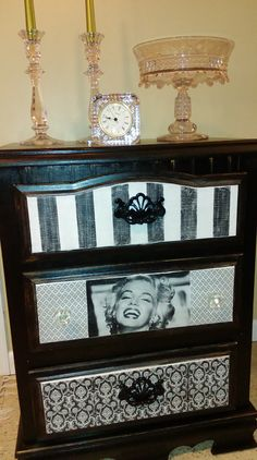 Marilyn Monroe Dresser Decoupage Furniture, Funky Furniture, Upcycled Furniture, Furniture Makeover, Painted Furniture, Marilyn Monroe Room, Shabby Chic Decor, Diy Painting, Decoration