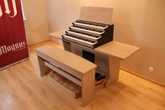 Magnus Principal - a perfect home organ. Here: a 4-manual MIDI console with organ bench . #organ #organmusic #homeorgan #Hauptwerk #MIDI