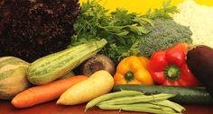 """Redução do risco de doenças cardiovasculares, câncer e melhoria da saúde dos olhos, esses são alguns dos prós de uma dieta sem carnes. """"Leia mais"""""""