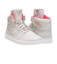 free shipping 4860c 62301 Air Jordan Retro 1 High Nouv Creams sneaker Men s high top shoe Lace up  closure Premium