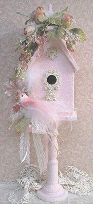 OMG!!! What a gorgeous birdhouse!!!  Gotta make this!!