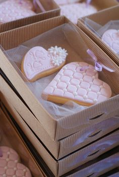 wedding favor - who doesn't love cookies?