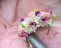 Bridal hair clip, Bridal headpiece, Flower headpiece, Wedding hair clip, Bridal hair Clip, Flower hair clip  A magnificent silk flower, in off