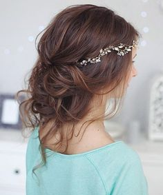 Gorgeous Rustic Updo Hairstyles for Your Big Day