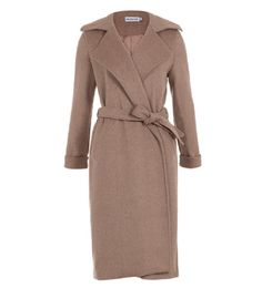This trench coat from Inayah oozes class and sophistication, and we really like it because the sizes are aimed for the modest fit without it losing its shape. Mink is a beautiful colour for the Winter and we think Inayah…