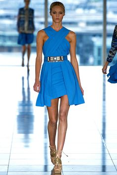 Matthew Williamson Spring 2013 RTW - Review - Fashion Week - Runway, Fashion Shows and Collections - Vogue - Vogue
