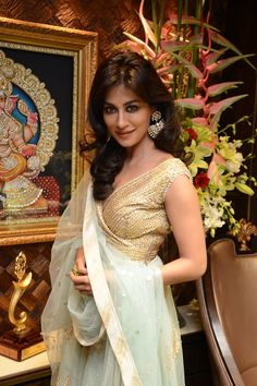 Dec, 13: Chitrangda Singh @ new store launch of Shree Raj Mahal Jewellers https://www.facebook.com/SRM.Jewellers @ South Extension - 1, New Delhi.