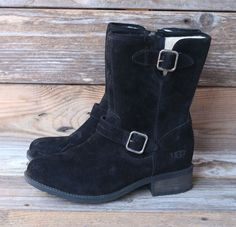 UGG Australia Womens Chaney Black Suede Sheepskin Boots US 8.5 UK 7 EU 39.5 #UGG