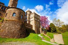 Bratislava, Frankfurt, Mansions, House Styles, Hannover, Manor Houses, Villas, Mansion, Palaces