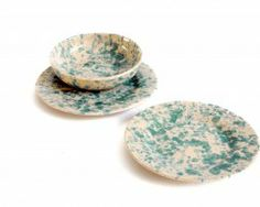 Italian pottery dinnerware. Made in Italy. Buy it on ceramicherobustella.com