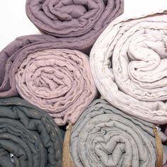 Pastel colours. Warm blankets for autumn evenings. Nuemro 74. Studio Mofflo.