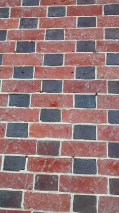 Pattern of bricks & Bricked up doorway. Blending new bricks with older and stones of ... Pezcame.Com