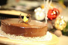 FarkasVilmos: Karácsonyi csokoládétorta Panna Cotta, Paleo, Ethnic Recipes, Food, Dulce De Leche, Essen, Beach Wrap, Meals, Yemek