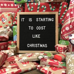 New Quotes Christmas Hilarious Holidays Ideas Noel Christmas, Christmas Quotes, Christmas Humor, Christmas Captions, Christmas Writing, Christmas Words, Life Quotes Love, New Quotes, Funny Quotes
