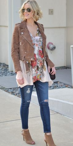 Free people floral tunic, suede jacket, distressed jeans, heeled ankle booties, stylish maternity outfit idea, fall outfit