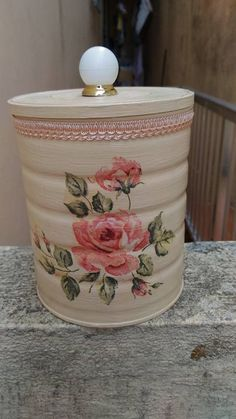 1 million+ Stunning Free Images to Use Anywhere Tin Can Crafts, Crafts To Make, Arts And Crafts, Diy Crafts, Decoupage Tins, Decoupage Vintage, Wine Bottle Crafts, Mason Jar Crafts, Tin Can Art