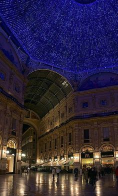 Galleria Vittorio Emanuele II, Milan, Italy - Things you must see when visiting Milan. Breathtaking::