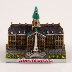 Resin Fridge Magnet: Netherlands. Amsterdam. Dam Square (Magnet and Figurine)