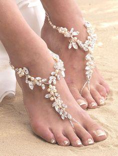 Arianna Foot Jewellery - ARS007, Chunky barefoot sandals with pearl & crystal cherry blossom style flowers