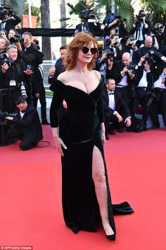Susan Sarandon, 70, steals the spotlight at Cannes