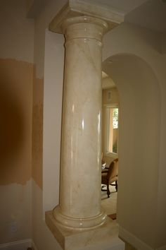jpg pixels I want my columns to look like this! Marble Columns, Marble Wood, Marble Painting, Stencil Painting, Patina Paint, Home Board, Stencil Designs, Marbles, Foyer