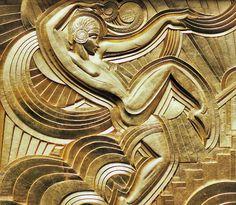 Art Déco - Paris - 'Folies Bergère' - Bas Relief de la Façade représentant la Danseuse Anita Barca - Pico - 1928.
