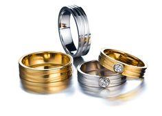 Kaisla sormukset. Kelta- ja valkokulta, timantit. Kalevala Koru Oy, kuva Teemu Töyrylä