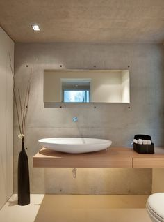 Natural bathroom with Concrete Wall
