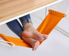 Under desk foot hammock
