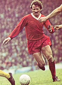 Tommy Smith - Hard man - LFChistory - Stats galore for Liverpool FC!
