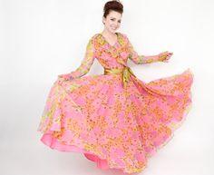 70s Pink Floral Print Evening Dress by GlennasVintageShop on Etsy