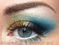 gold eyeshadow eyegraffiti
