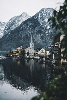 Hallstatt evenings. by Johannes Hulsch  Processed with VSCO with a8 preset Johannes Hulsch: Photos          500px