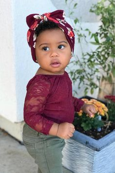 Our maroon headwrap completes this baby girl's Fall outfit. Maroon baby hat for the win! Great idea to add it to your baby girl's outfit for those family photos you have coming up. It's soft & comfortable- she'll love the feel of it.