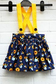Free gathered skirt sewing pattern - flat front waistband and back elasticised skirt