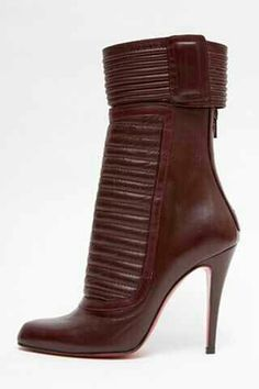 .These booties would go amazingly with anything military styled. I can see it now. #womensboots #booties #fashion