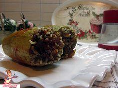 Tavuk Ciğerli Kabak Dolması nasıl yapılır? Sıradışı ve çok lezzetli, hem doyurucu bir dolma tarifi. Birbirinden farklı dolma tarifleri için tıklayın.