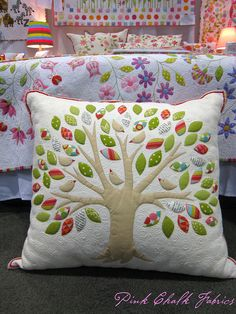 Quilt Market Spring 2012 by pink chalk studio Applique Cushions, Patchwork Cushion, Sewing Pillows, Quilted Pillow, Applique Quilts, Cute Pillows, Diy Pillows, Floor Pillows, Decorative Pillows