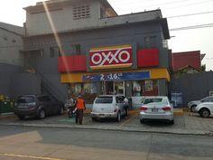 Delincuentes Asaltan OXXO Frente a Juzgados de Distrito http://noticiasdechiapas.com.mx/nota.php?id=84465