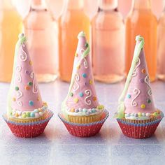 These Princess Cupcakes make adorable birthday party treats! Get the recipe here: http://www.bhg.com/party/birthday/cake/birthday-cakes-and-cupcakes-for-girls/?socsrc=bhgpin042312princesscupcakes