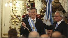 Macri tiene un respaldo de casi el 70% de los argentinos http://www.inmigrantesenpanama.com/2016/03/20/macri-respaldo-casi-70-los-argentinos/