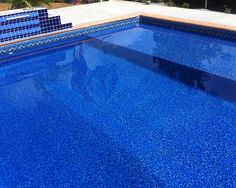 Barclay In-Ground Swimming Pool Vinyl Liner.    With a tanning ledge!