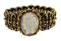 Victorian Vintage Hand Carved Angel Skin Coral Bracelet in 18ct Gold
