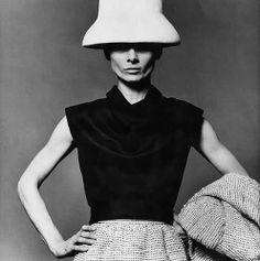 Audrey Hepburn, Hubert de Givenchy #fifties
