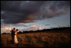 Sunset wedding at Cheerful chilli by Toast Photography