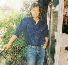 Imran Khan Cricketer, Imran Khan Pakistan, Cool Pictures, Celebrities, Prime Minister, King, Heart, Celebrity, Celebs