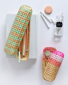 Perfect Back to School DIY Rattan Pencil Case from an IKEA case- Delineate Your Dwelling Diy Back To School Supplies, Back To School Crafts, Cute Crafts For Teens, Diy For Teens, Binder Clips, Creative Crafts, Diy And Crafts, Recycled Crafts, Easy Crafts